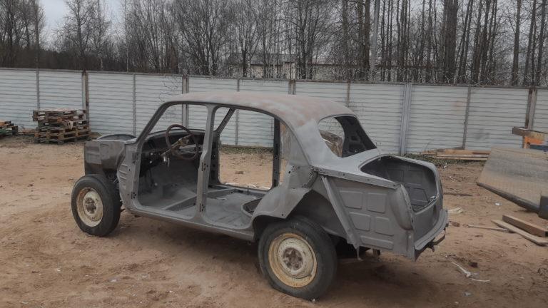 Москвич 407 сбоку-сзади после пескоструйной обработки